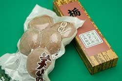 美山町かやぶきの里 栃餅と羊羹
