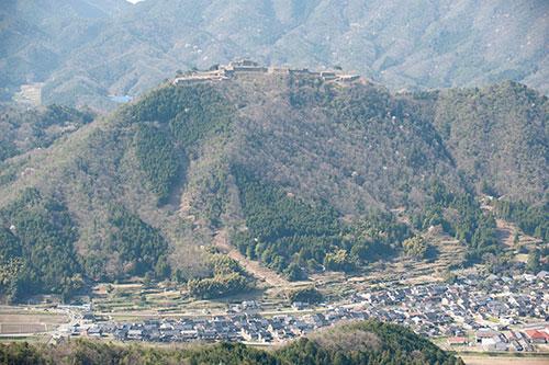 竹田城と竹田の街並み